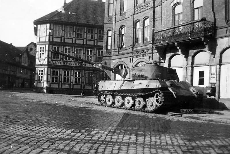 king tiger tank of the schwere panzer abteilung 507. Black Bedroom Furniture Sets. Home Design Ideas