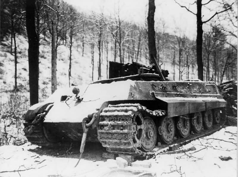 destroyed king tiger tank of the schwere ss panzer abteilung 501 tank number 133 ardennes. Black Bedroom Furniture Sets. Home Design Ideas