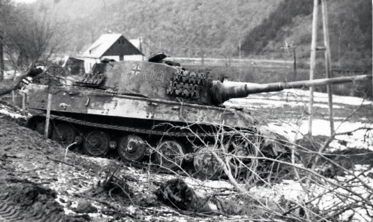 Destroyed King Tiger Tank Of The Schwere Panzer Abteilung 506 Tank Number 109 Ardennes World