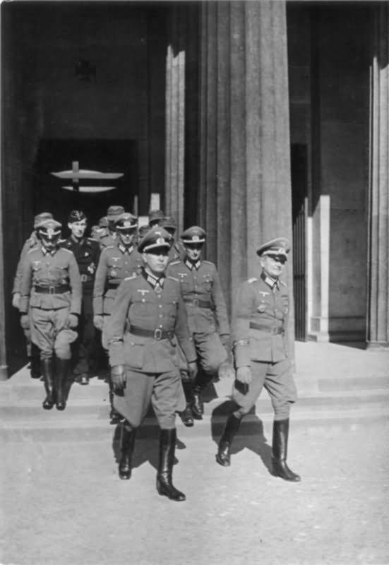 Grossdeutschland J09340 Berlin Frontabordnung der Div   World War Photos