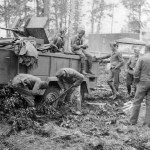 Luftwaffe truck Einheitsdiesel with 2 cm flak