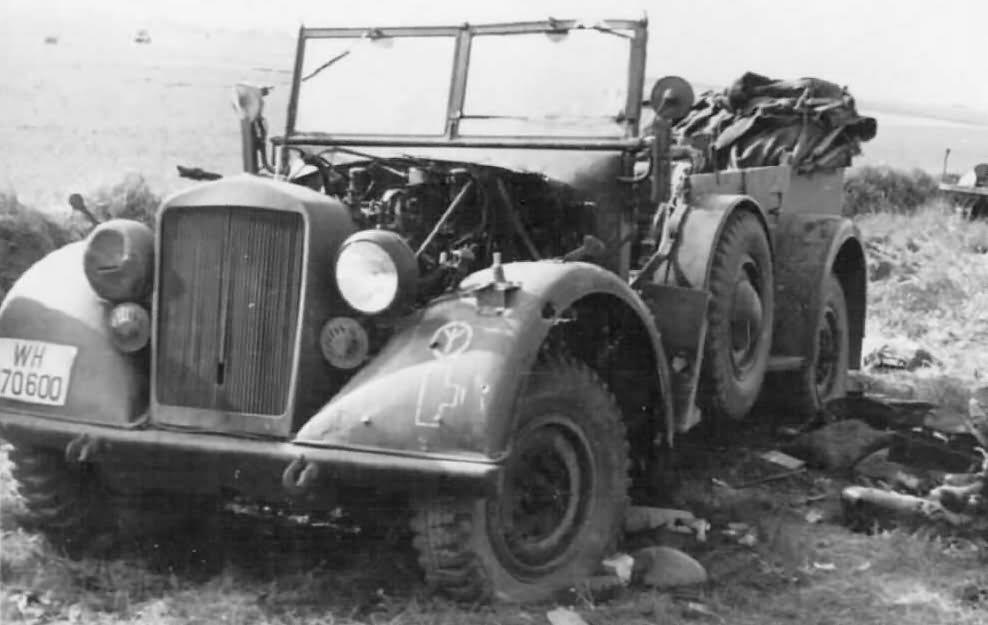 Horch 901 wehrmacht PKW car 12