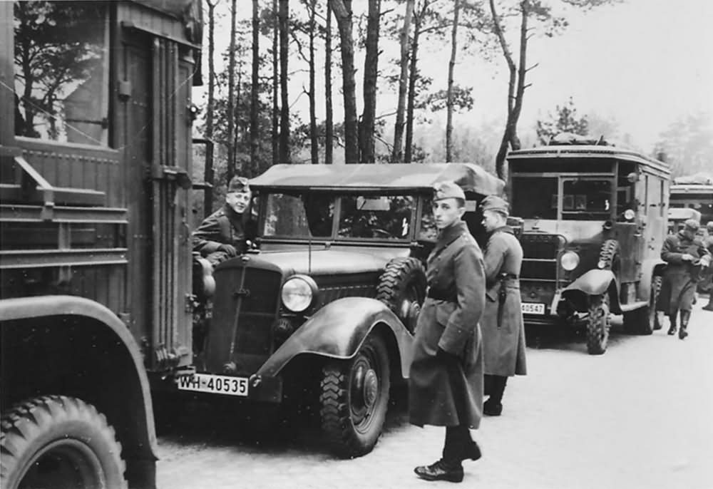 Mercedes benz g3a wehrmacht trucks and cars world war photos for Mercedes benz germany careers