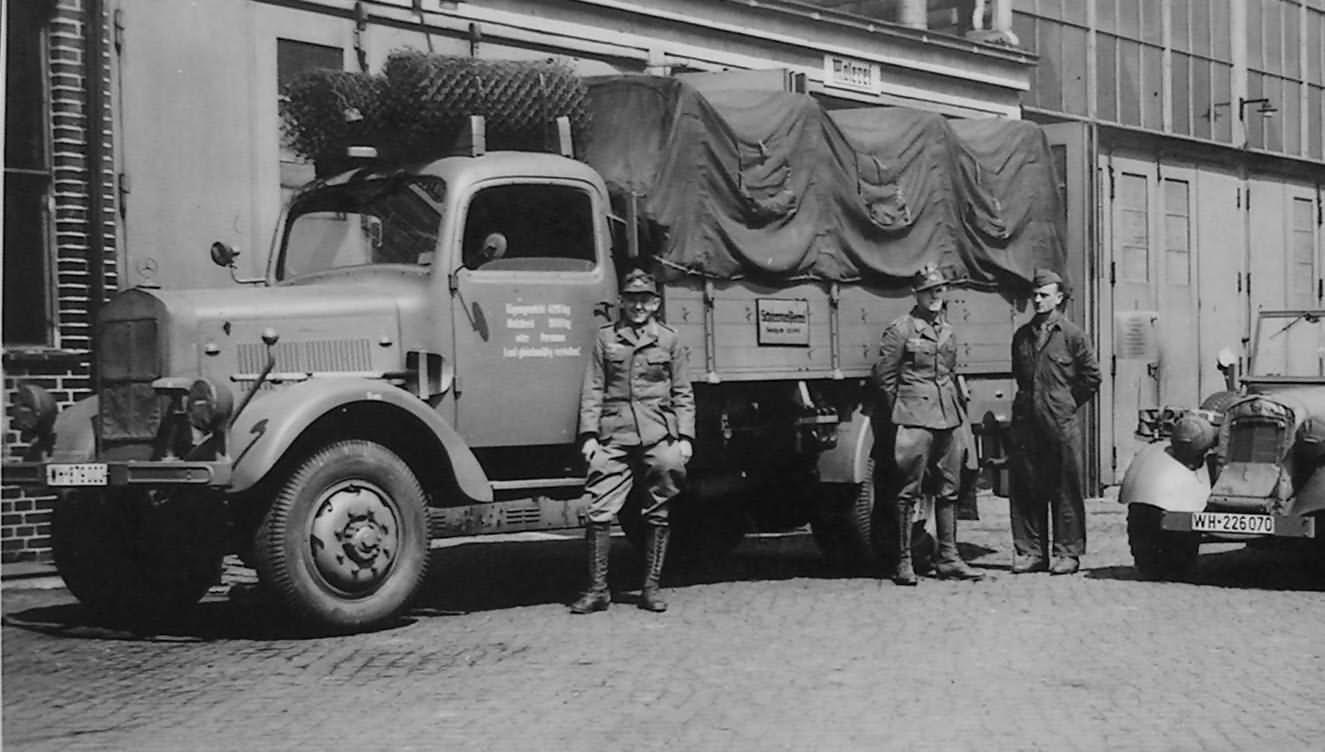 Mercedes benz l3000 lkw world war photos for 3000 mercedes benz