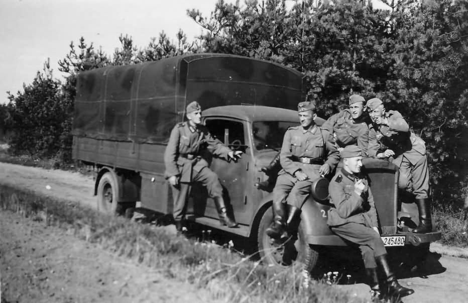wehrmacht truck opel blitz and soldiers | world war photos
