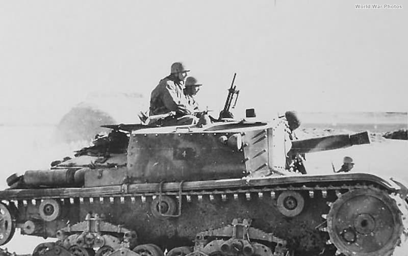 Fallschirmjagers riding beute semovente Sepember 1943 2