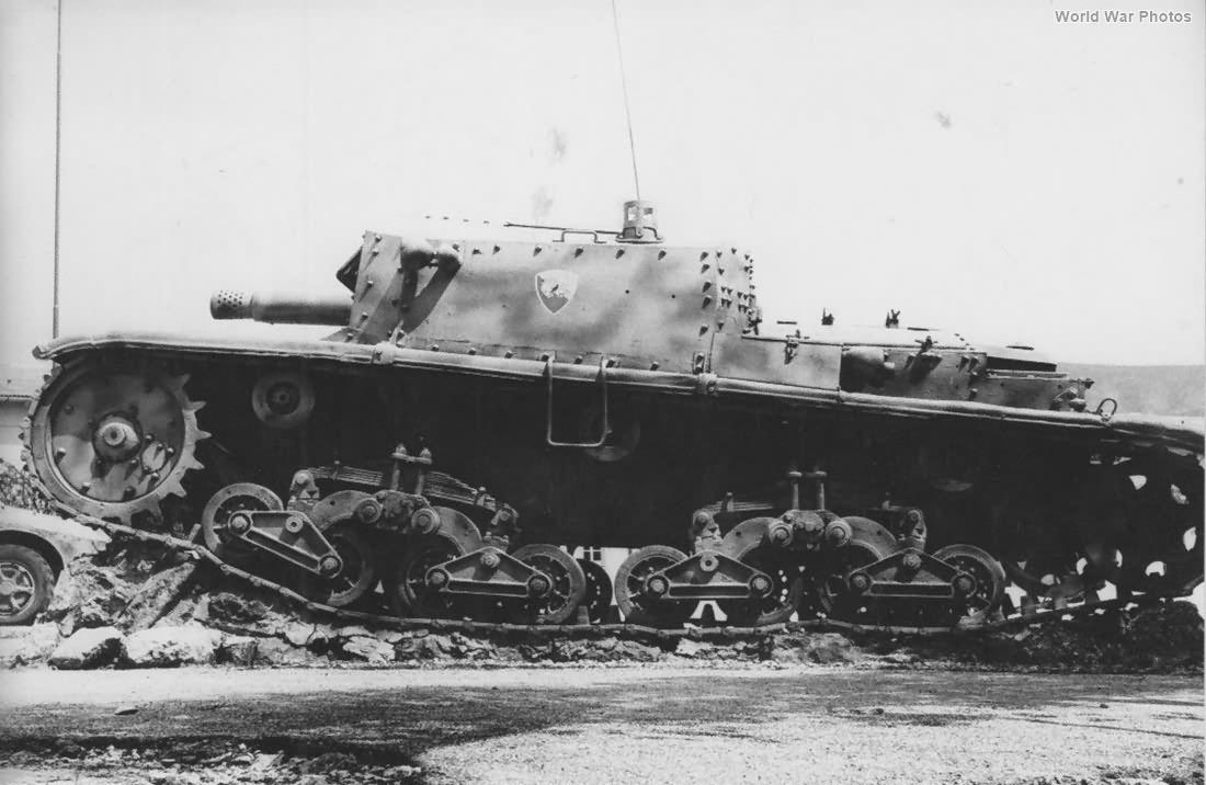 Semovente da 75/18 of the Ariete Division