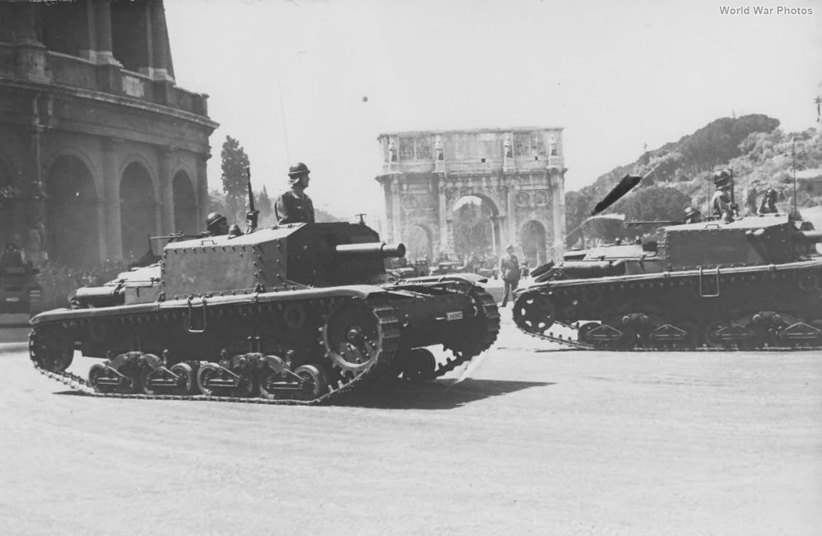 Semovente M41 da 75/18 military parade in Rome