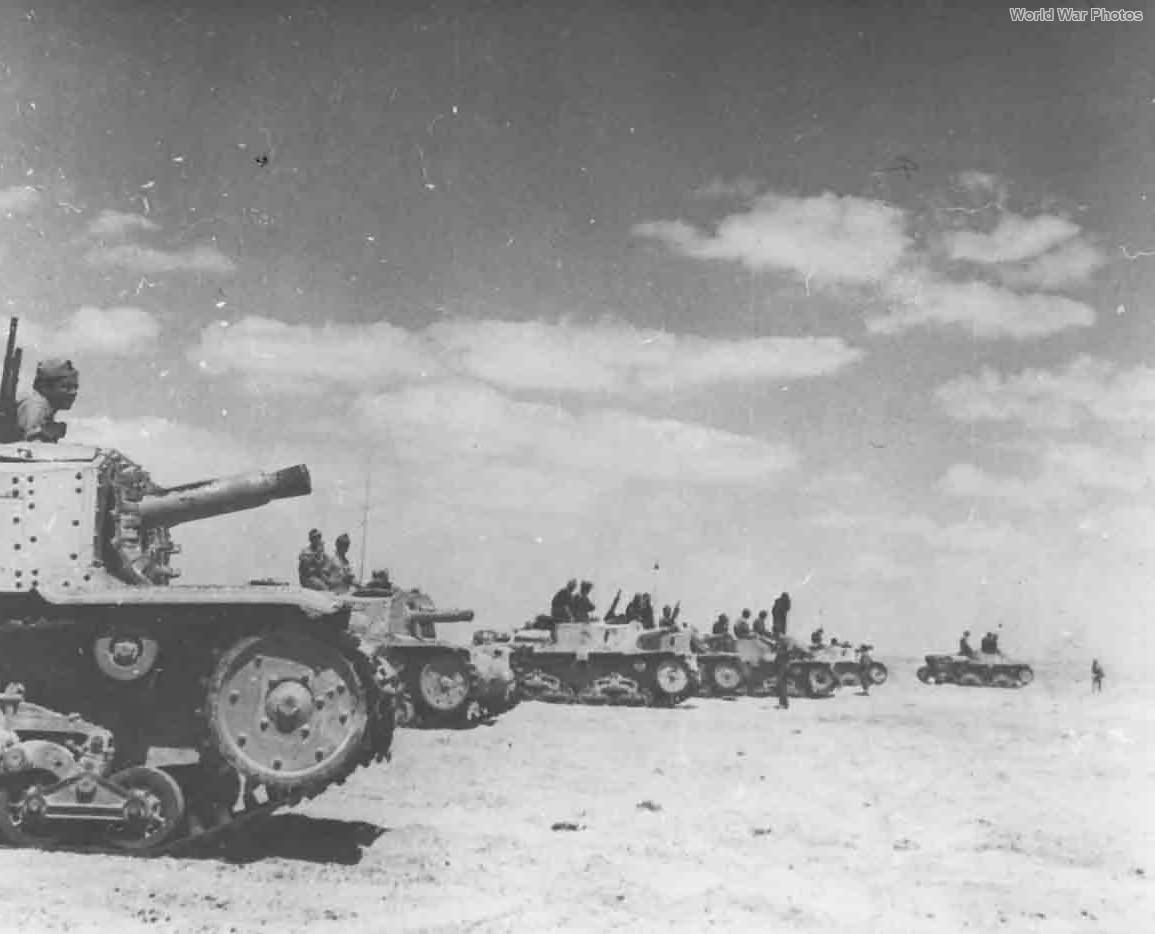 Semovente M40 da 75/18 guns North Africa 1942