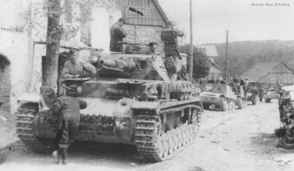 Panzer IV and Semovente da 47/32 of Ordnungspolizei Slovenia 1944