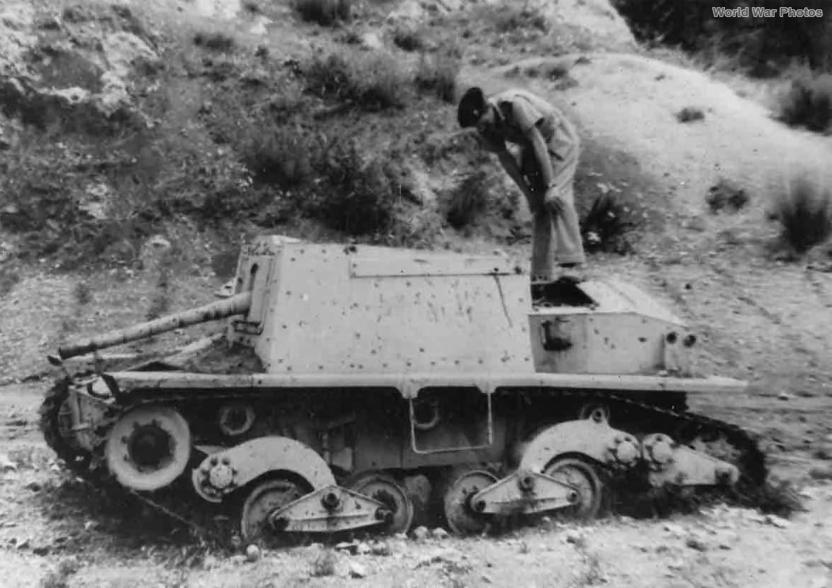 Abandoned Semovente da 47/32 1943 2