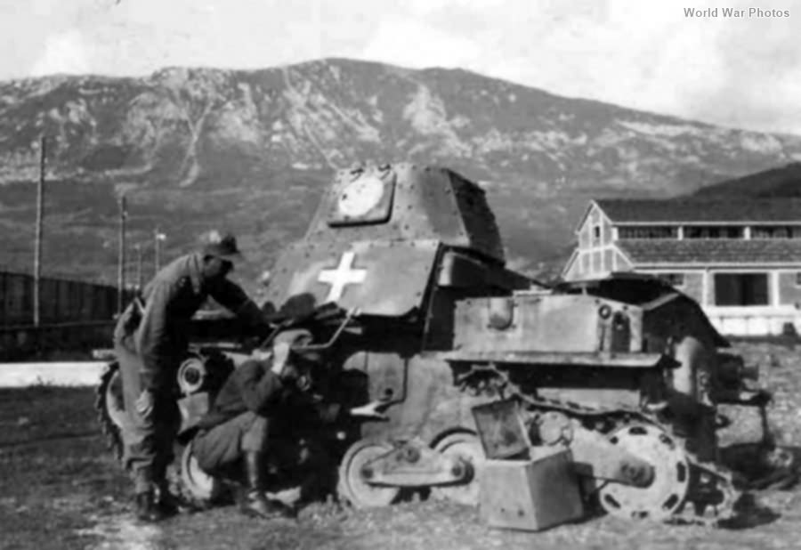 Destroyed L6/40 Italy 1944