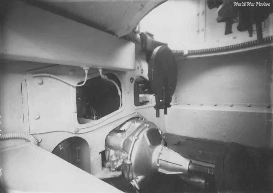 L6/40 interior 2