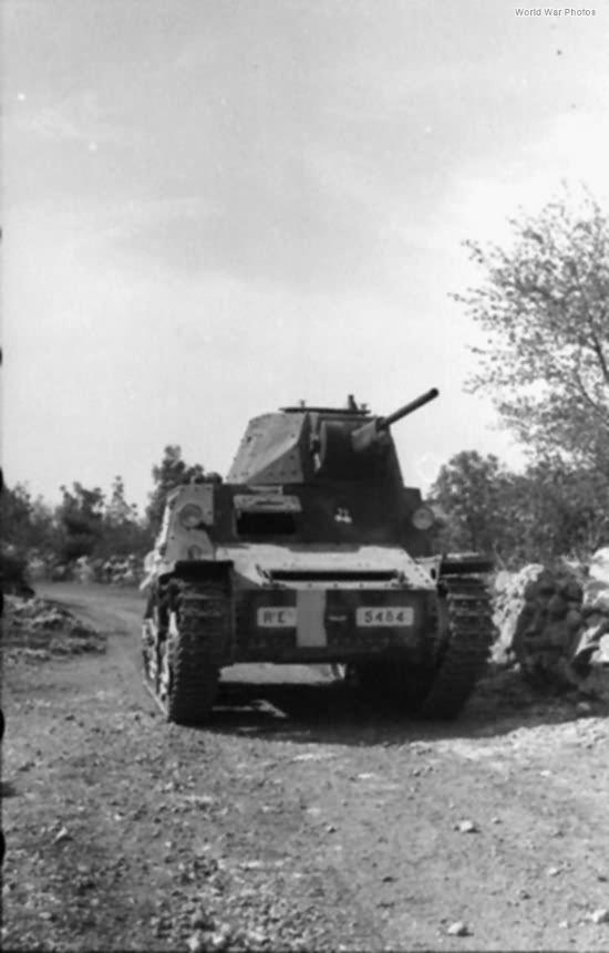 Carro Armato L6/40 Dalmatia 1943 2