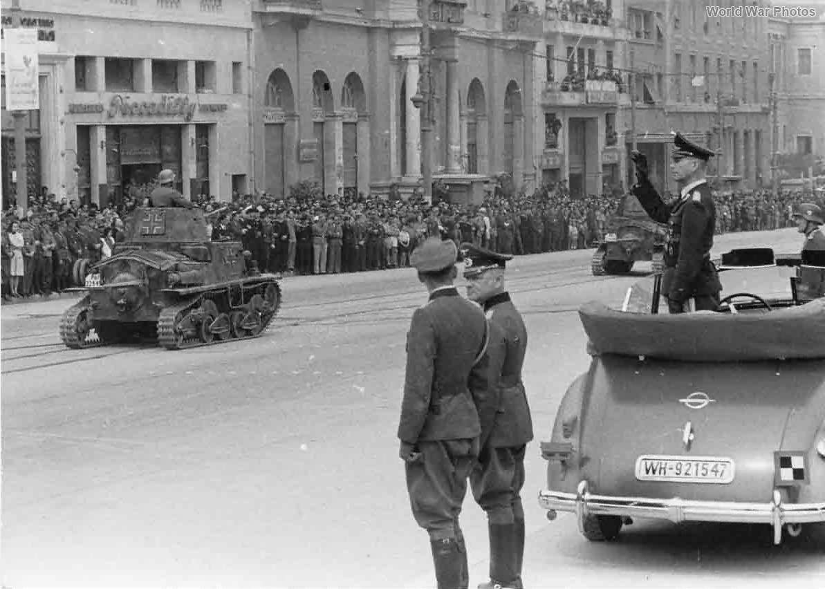 PzKpfw L6 733(i) of SS-Pol Rgt 18 Athens 23 May 1944