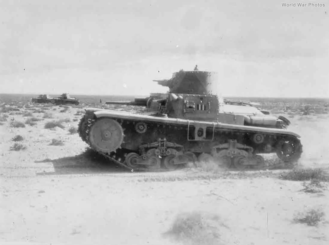 M11/39 of I Battaglioni Carri Medi 1940
