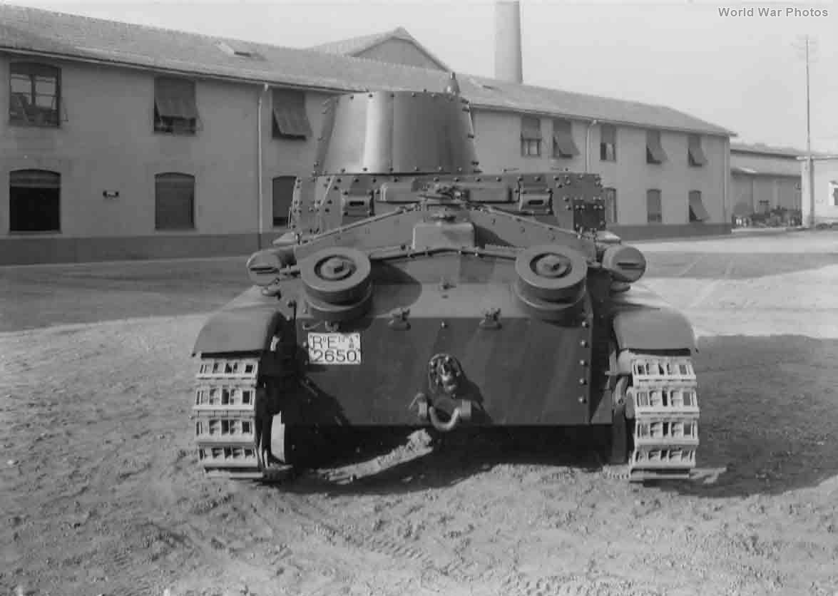 M11/39 rear view