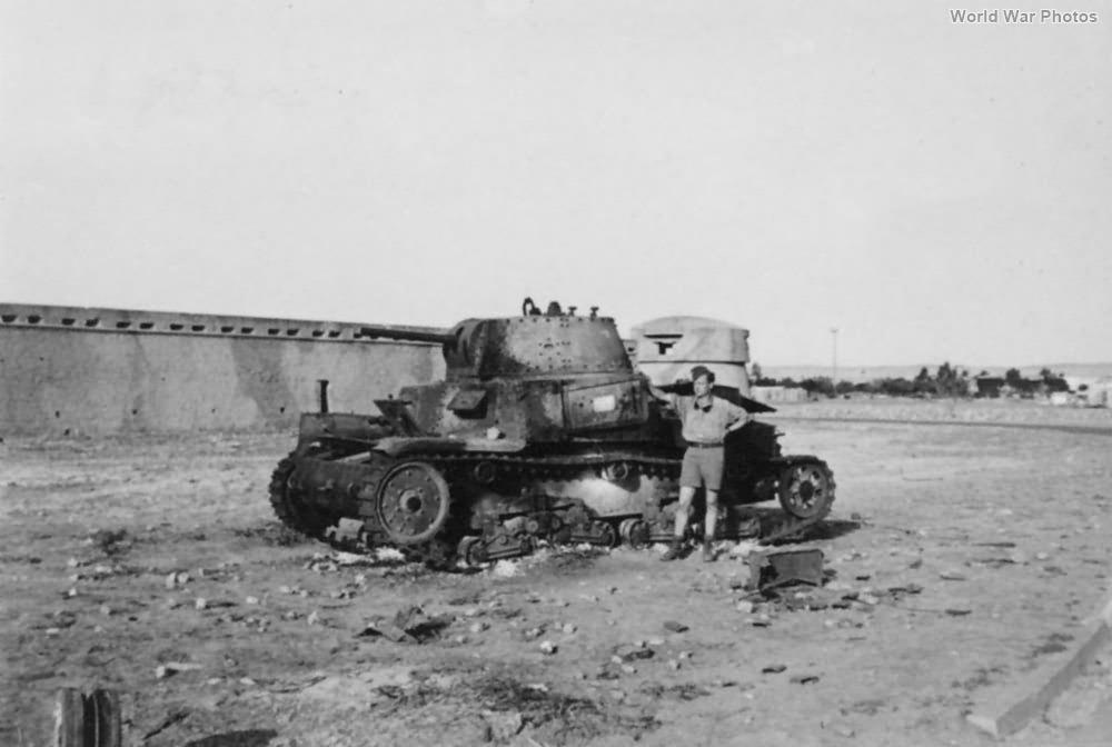 Destroyed M13/40 5