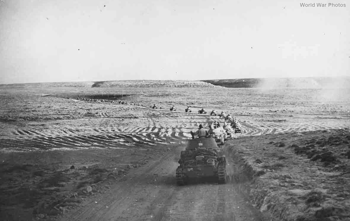 M13/40 1942 3
