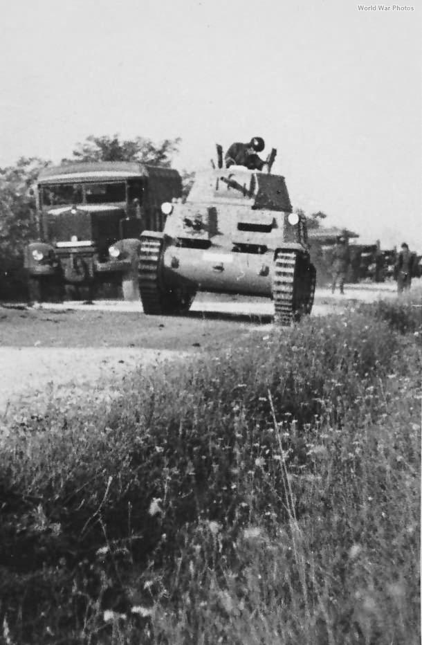 M13/40 27