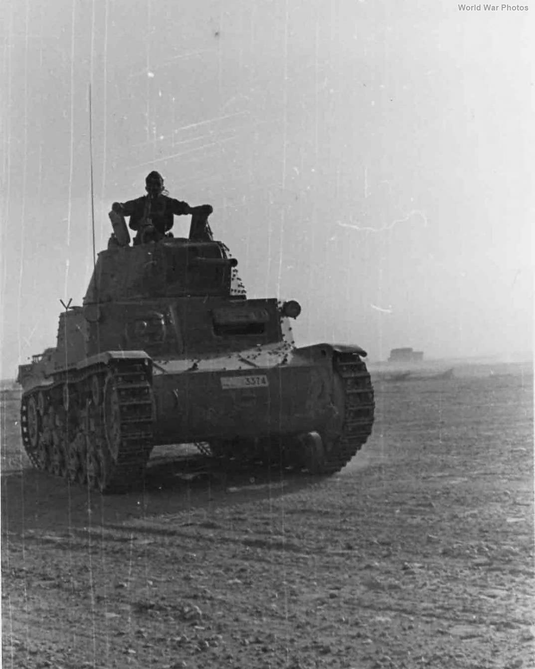 M13/40 3374 1942