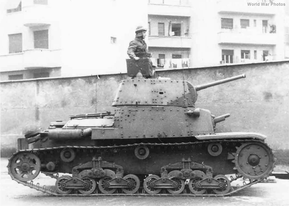 M13/40 8