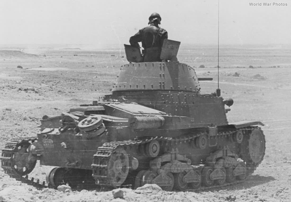 M13/40 of Ariete Armoured Division6