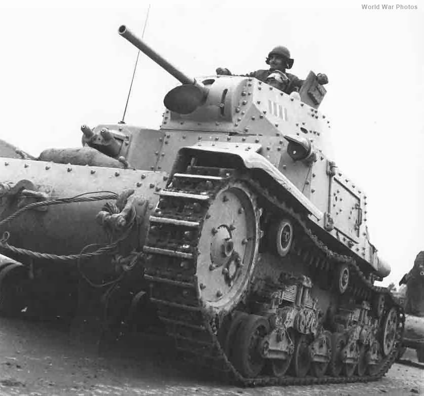 M13/40 Bengasi 1942