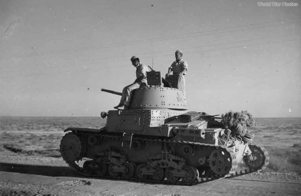 M13/40 from 133° Divisione Corazzata Littorio