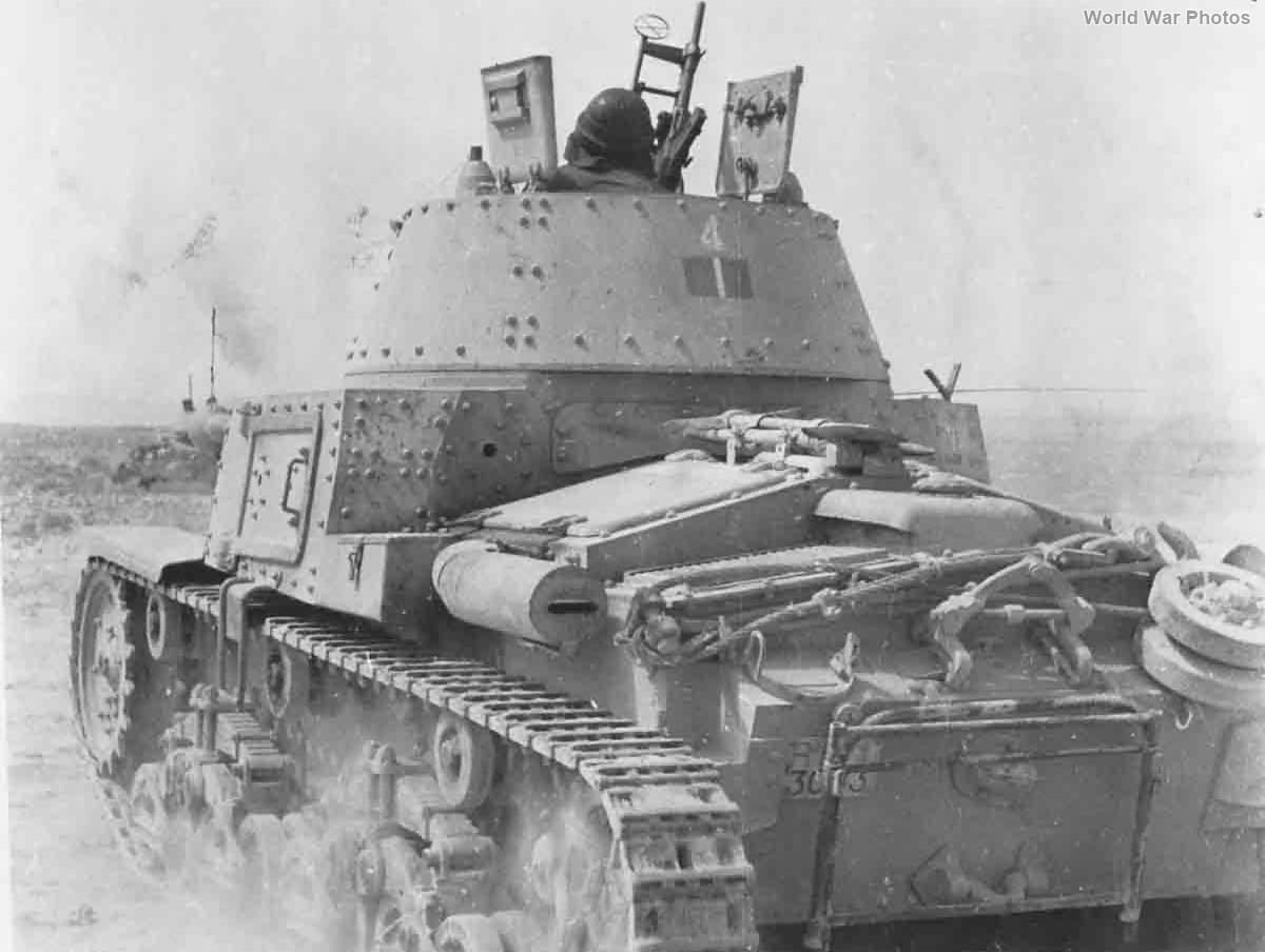 Carro Armato M13/40 Division Ariete January 1942