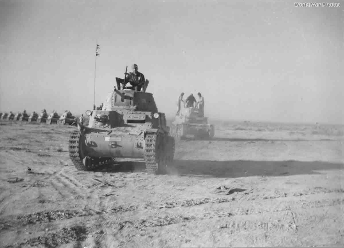 M13/40 Division Littorio 1942