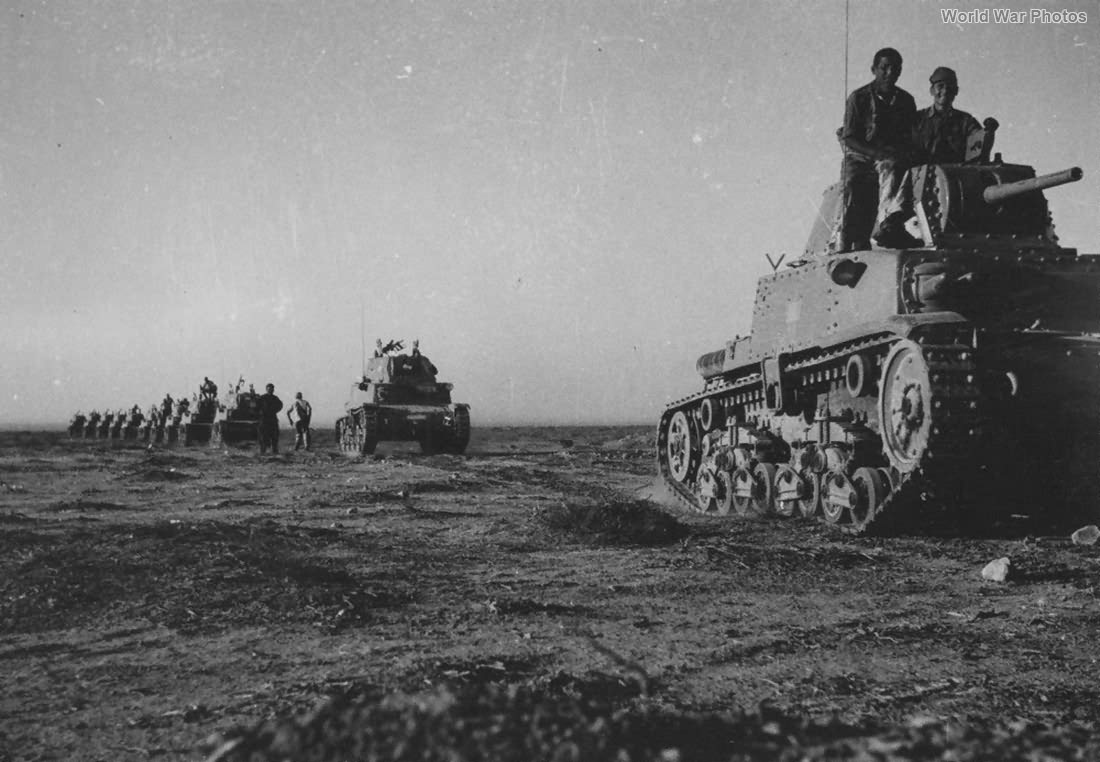 M13/40 Division Littorio Libya 2