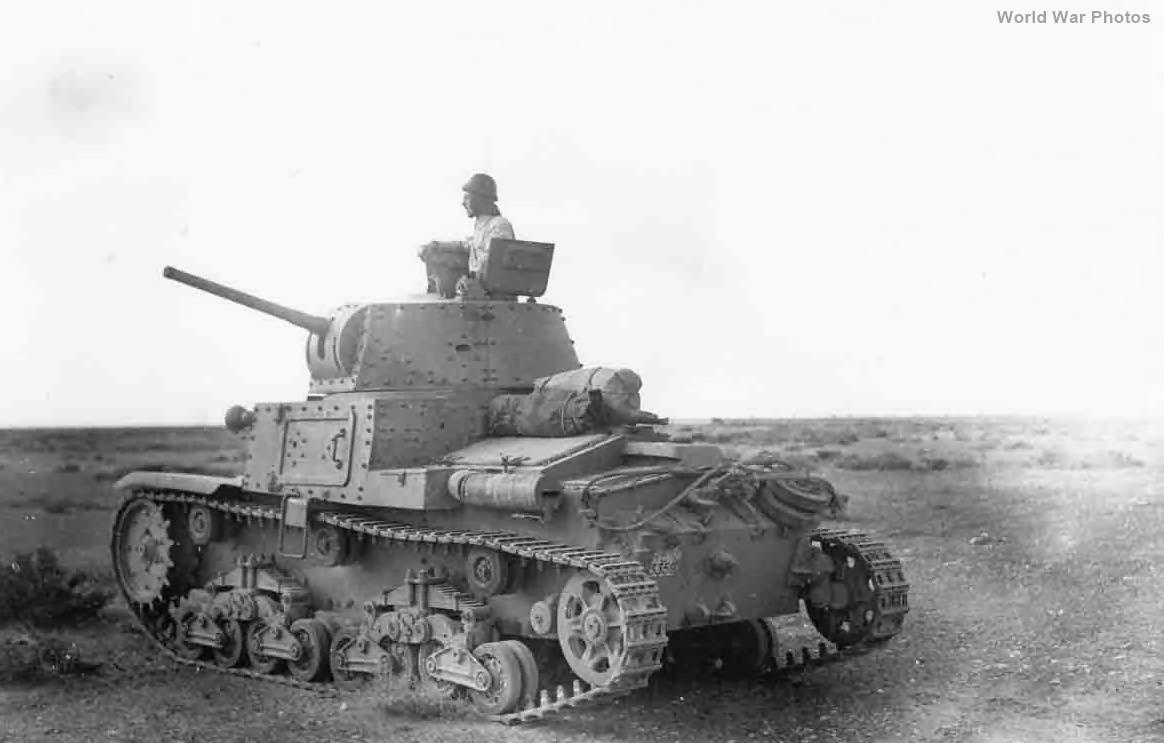 Carro Armato M13/40 RE 3359