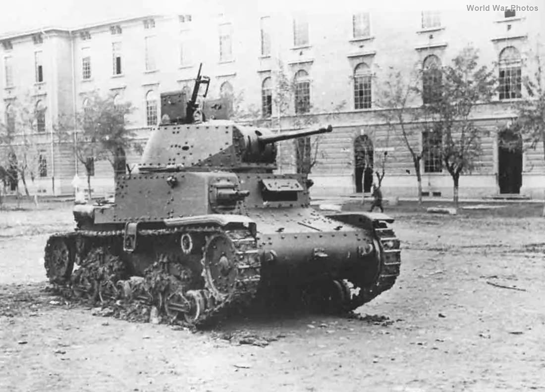 M13/40 Rome 8 September 1943