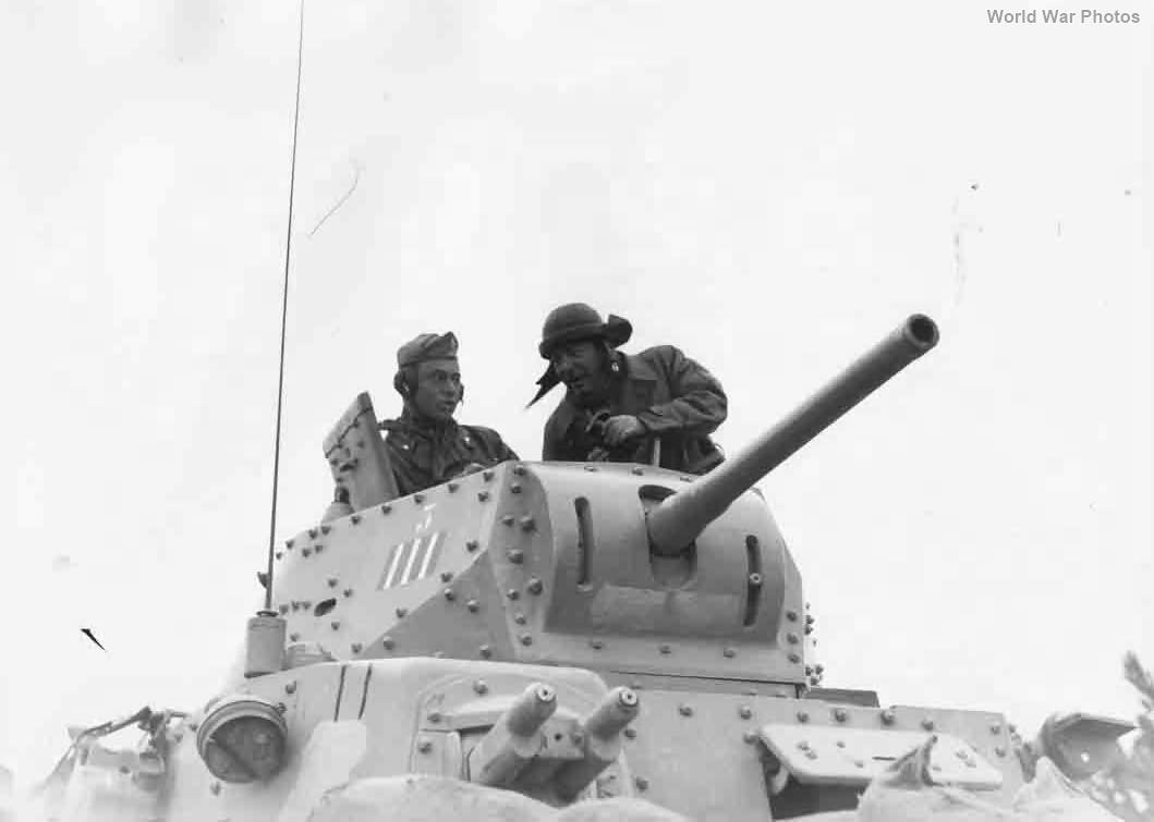 M13/40 crew
