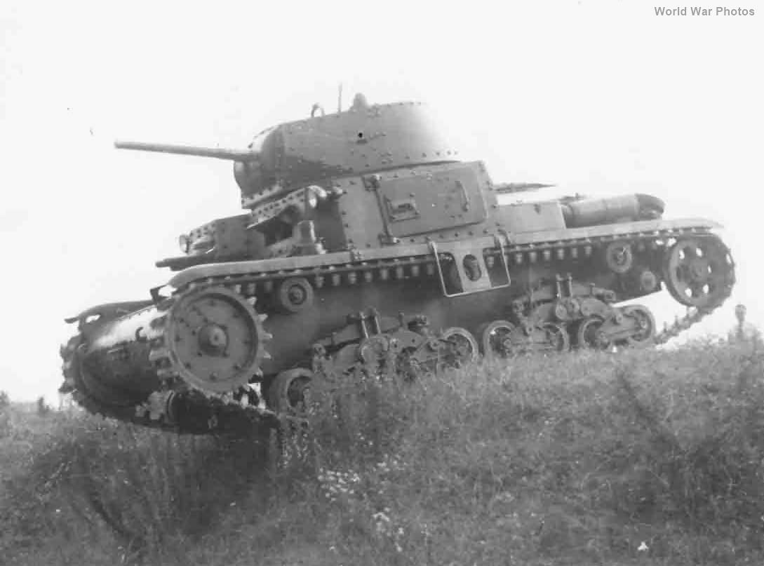 M13/40 prototype 2