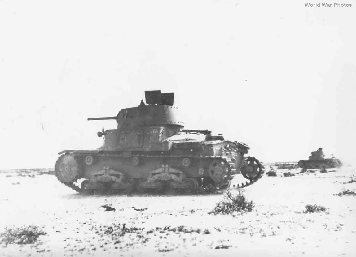 M13/40 tanks 2