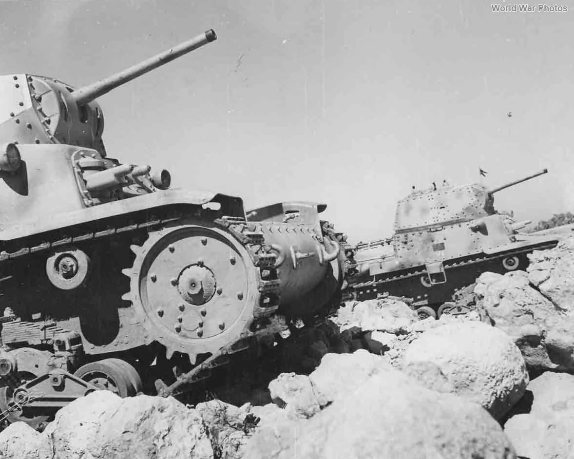 M13/40 tanks 5