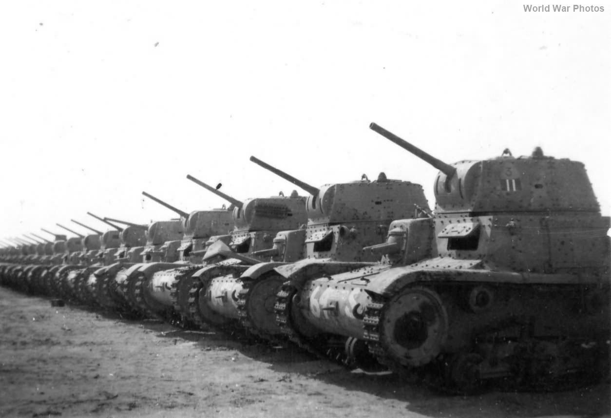 M13/40 tanks lined up