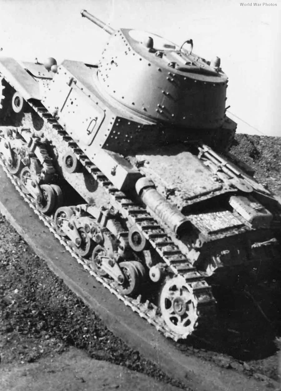 M13/40 top