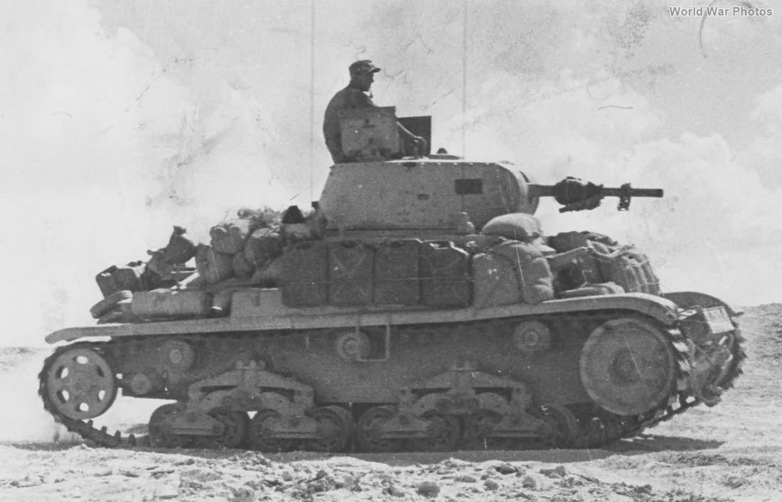 M14/41 of 132nd Armoured Division Ariete Tunisia