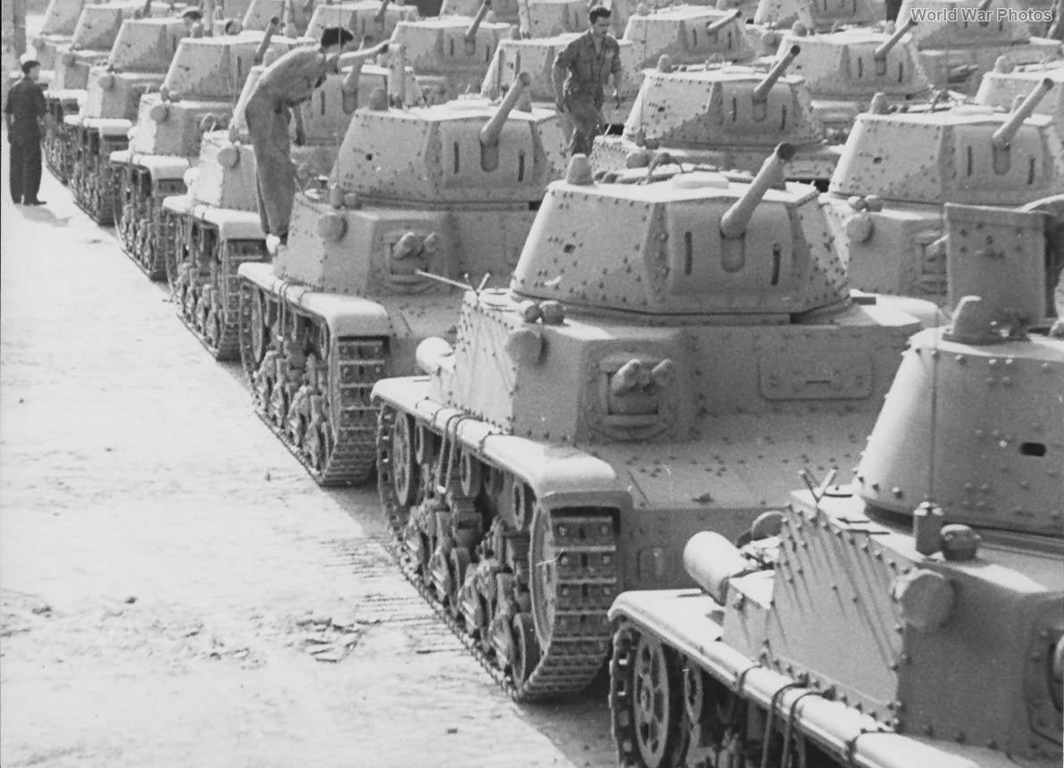 Factory fresh M14/41 tanks