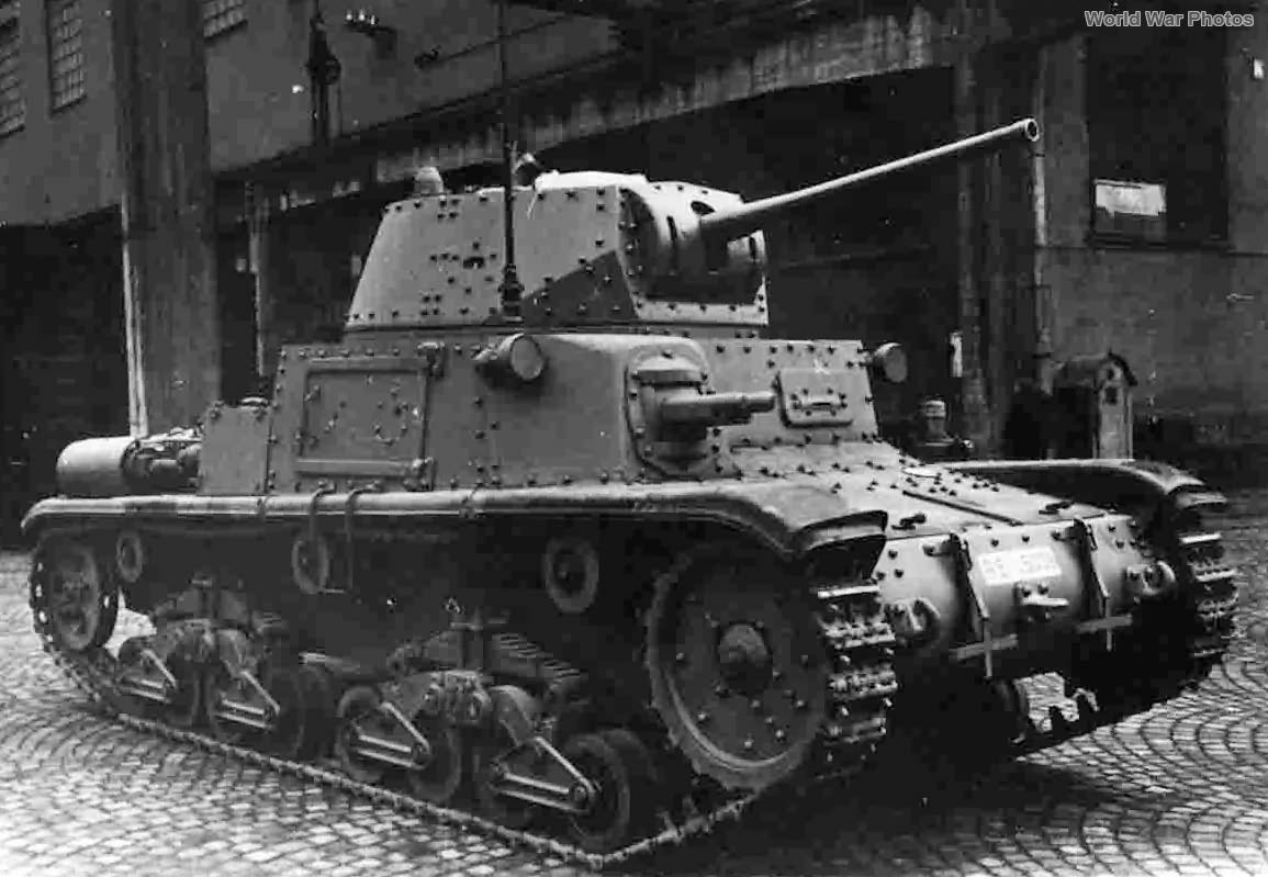 M15/42 factory fresh