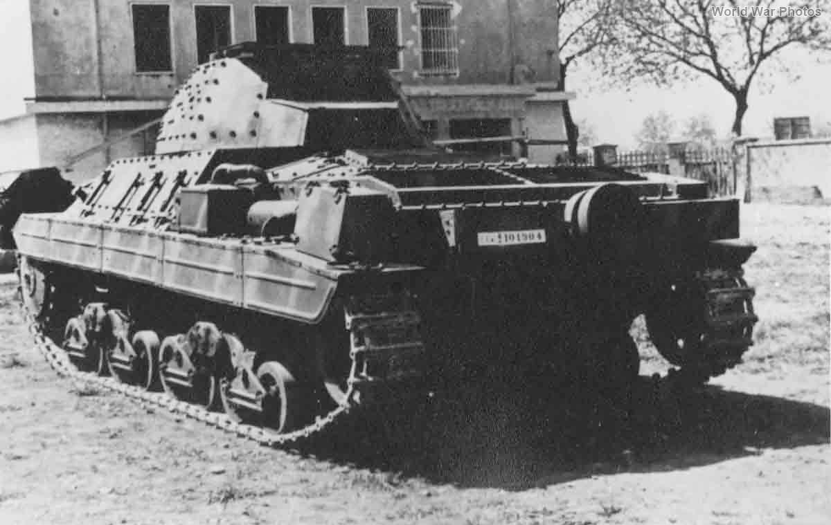Ansaldo P26/40 1945 5