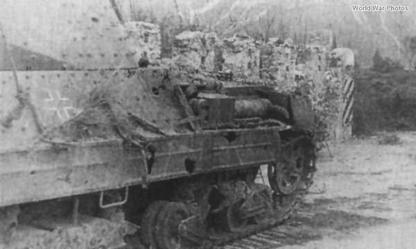 Destroyed Panzerkampfwagen P40 737(i) 3