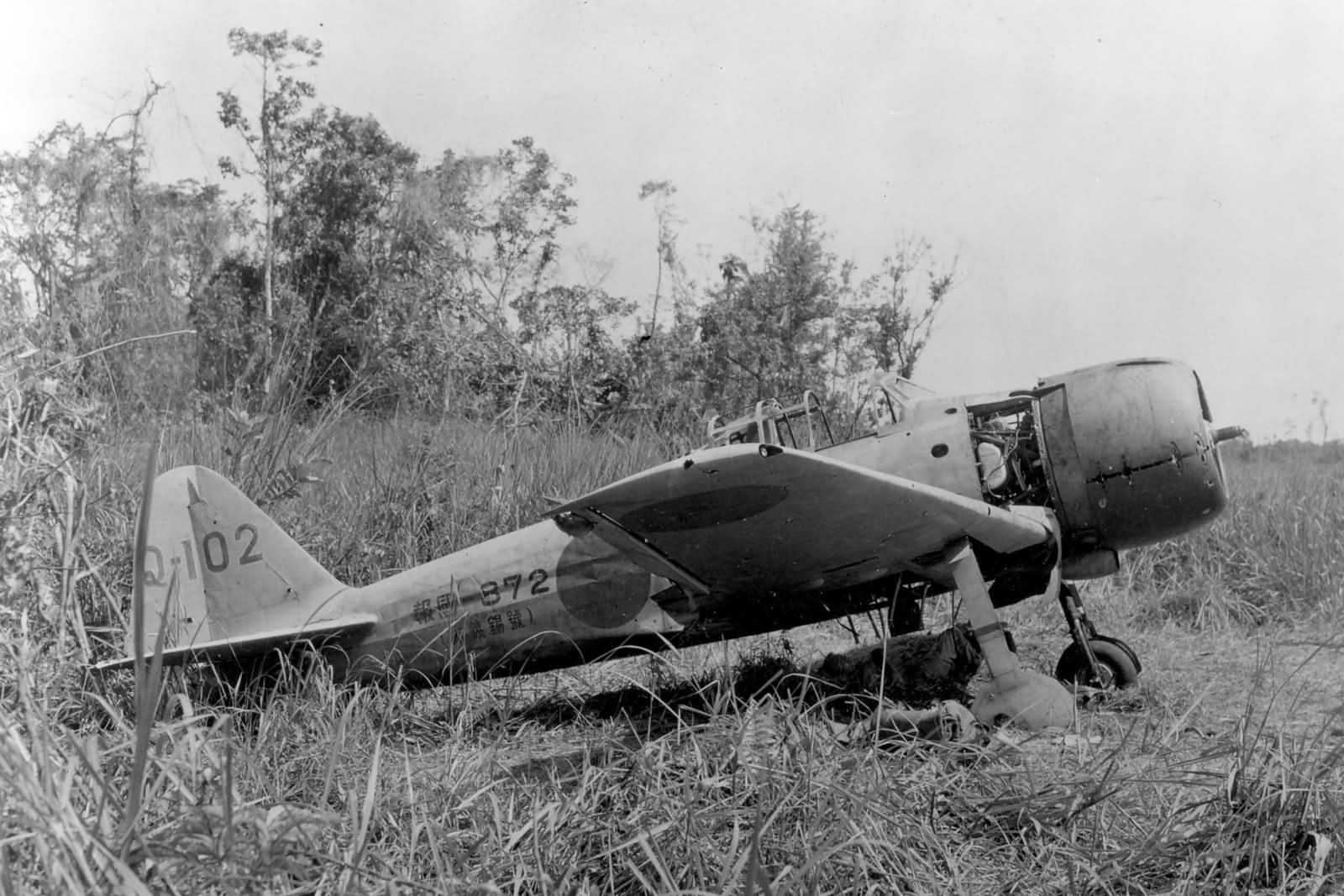 http://www.worldwarphotos.info/wp-content/gallery/japan/aircrafts/a6m-zero/A6M3_Zero_Hamp_at_Buna_1943_Q-102.jpg