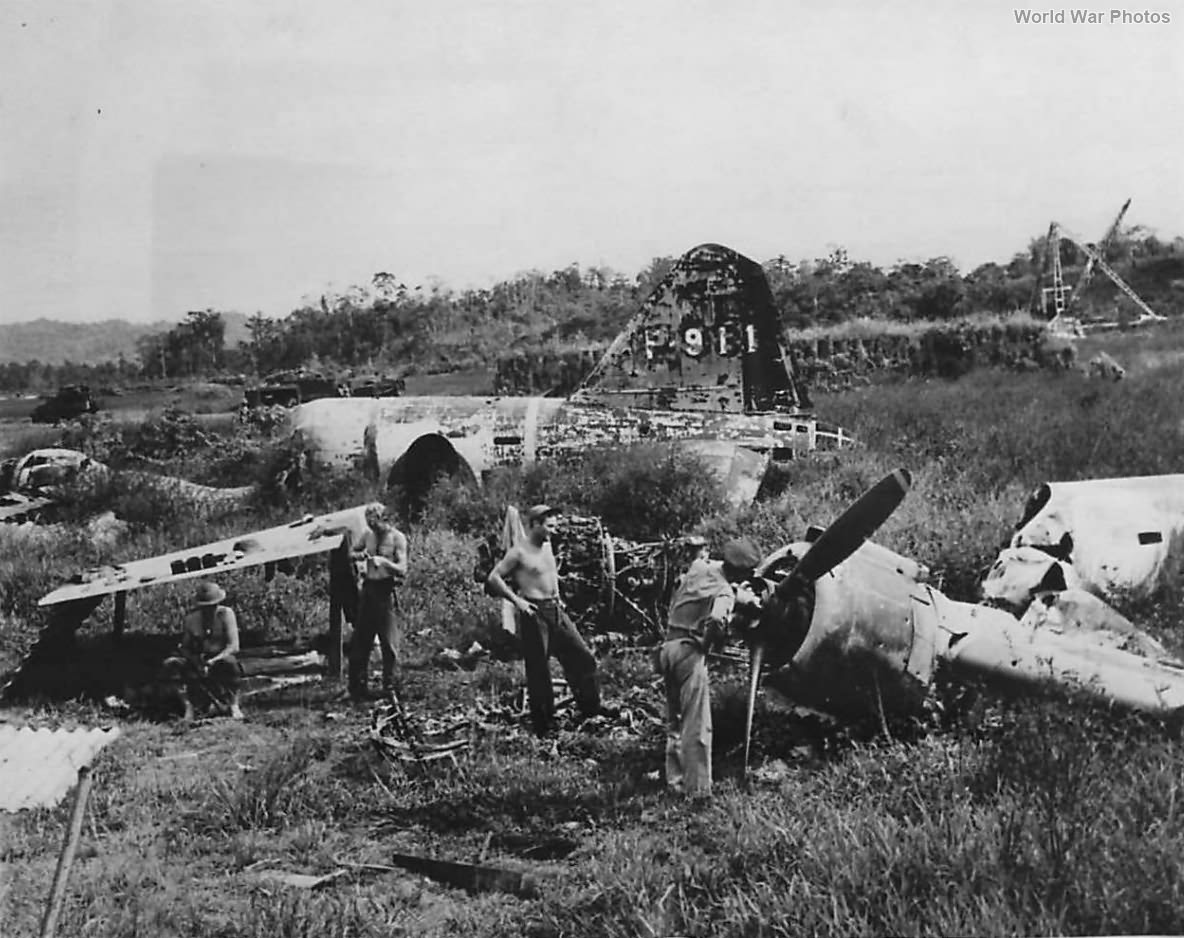 US Troops inspect wreckage of G6M1-L at Lae