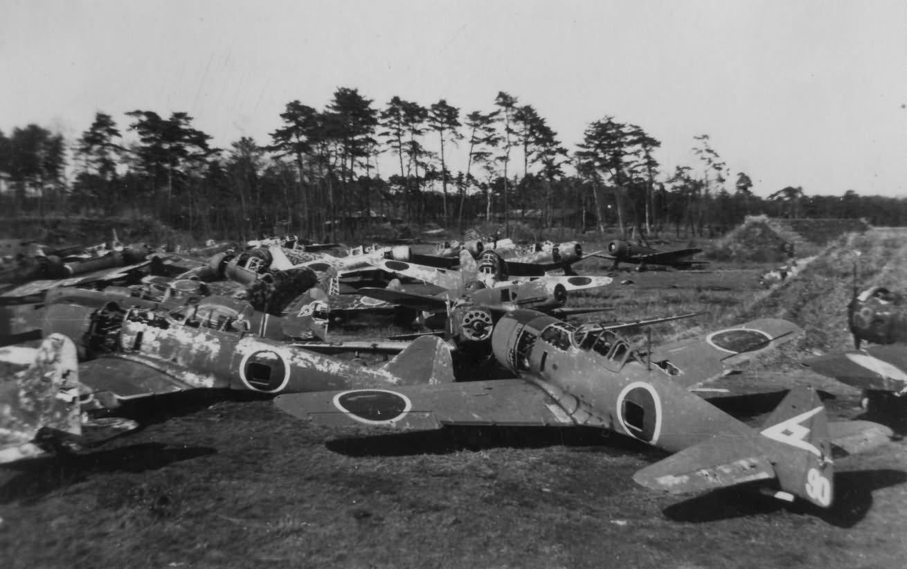 Nakajima Ki 84 Chofu Group Shot Sentai