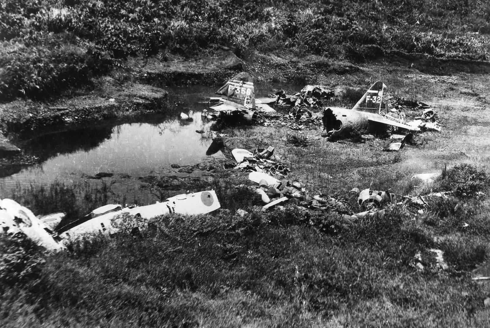 Japanese Aircraft Wrecks at Lae New Guinea 1943 2