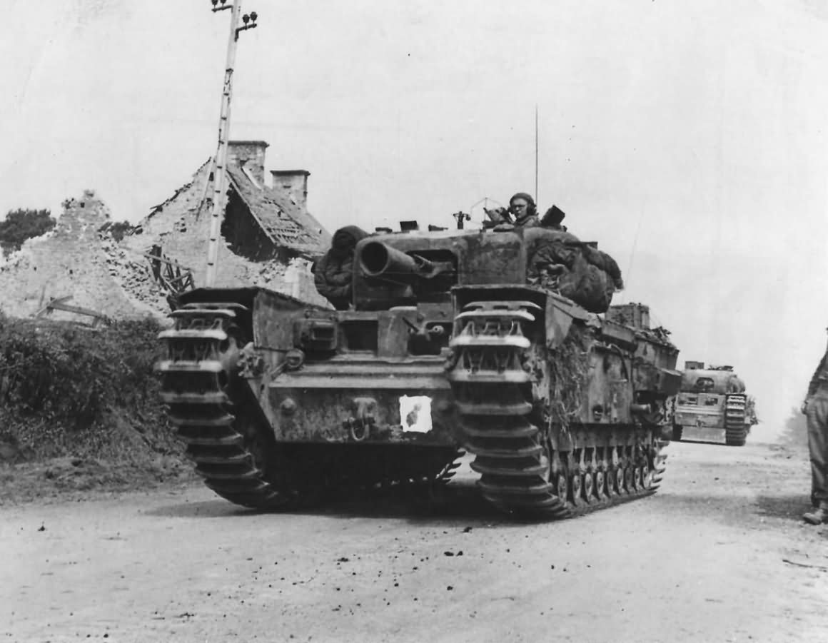 Churchill_AVRE_Armoured_Vehicle_Royal_En